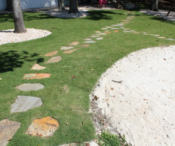 landscaped_yard_laylake (20)