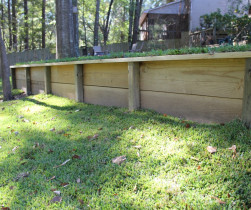 04_wood_retaining_wall