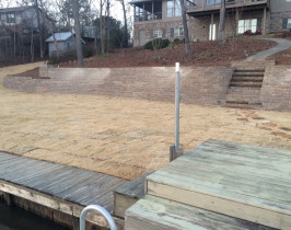 09retaining_wall_lay_lake