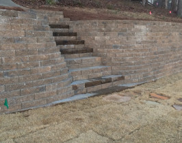 18retaining_wall_lay_lake