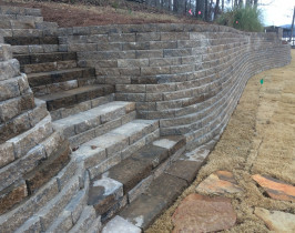 27retaining_wall_lay_lake